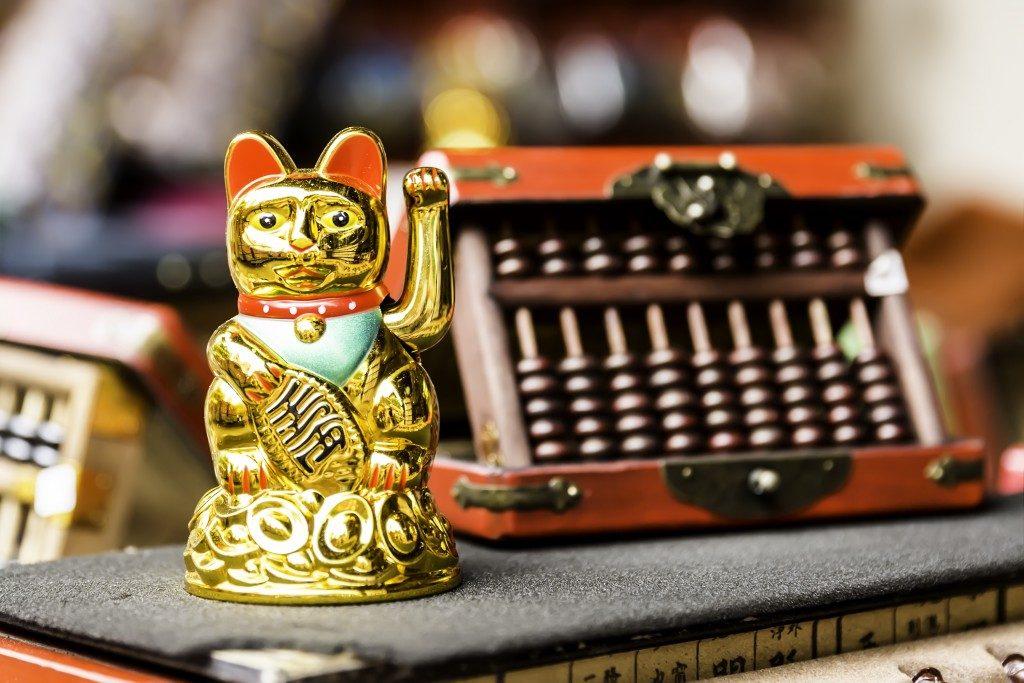 lucky cat symbol