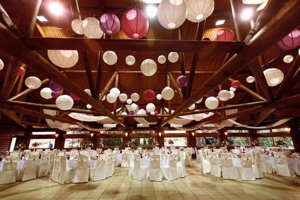 mazing luxury decorated place ceiling for wedding reception, catering in restaurant