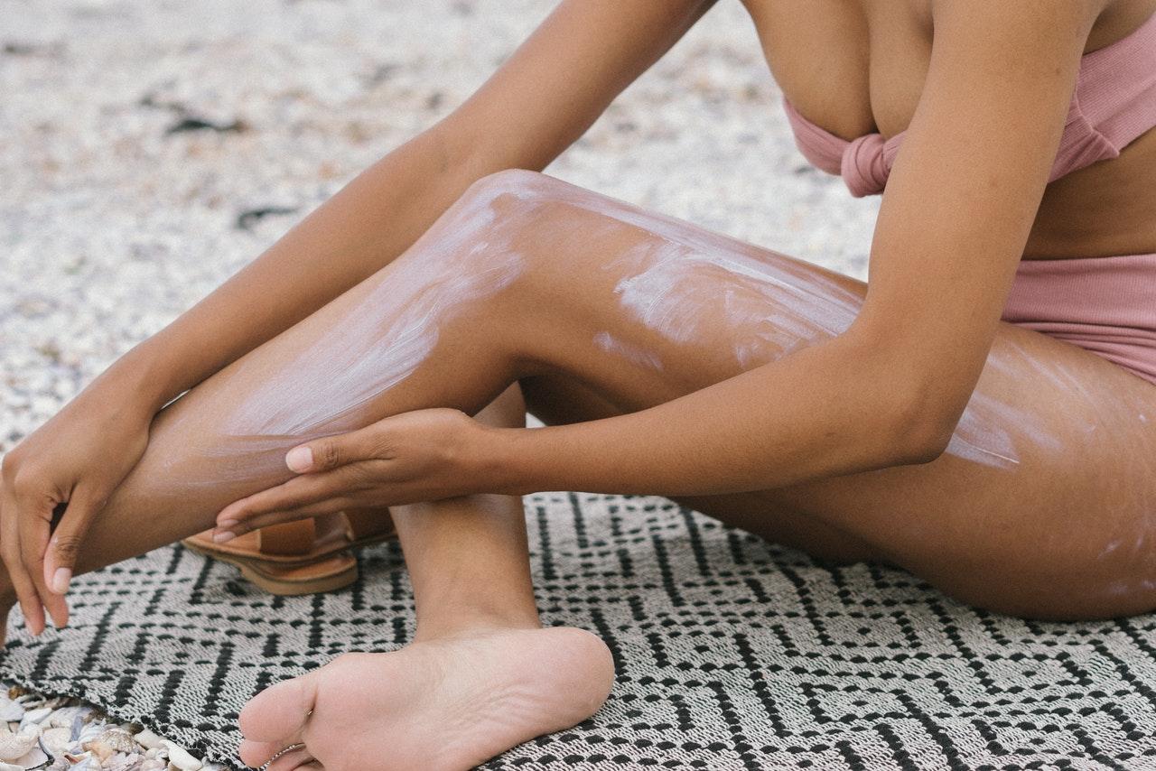 lotion moisturizer legs